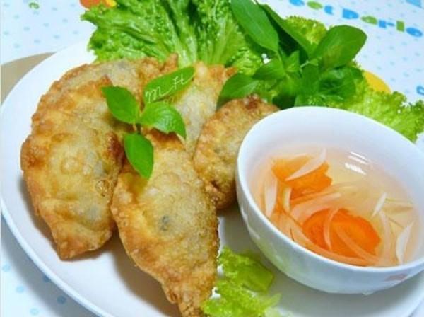 Bánh gối đặc sản Hà Thành phải thưởng thức ngay