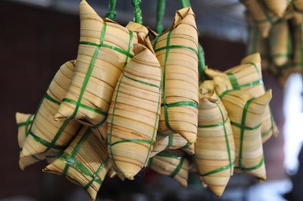 Bánh lá dừa đặc sản món ngon Miền sông nước