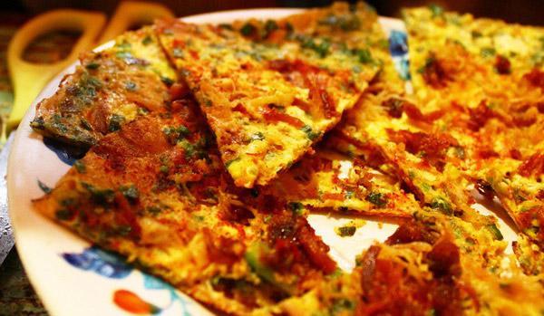 Món bánh tráng dì Đinh địa điểm ăn uống Đà Lạt không thể bỏ qua
