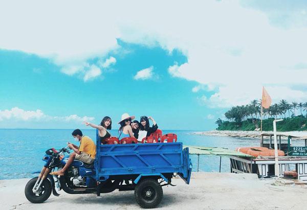 Đảo lý sơn thu hút đông đảo khách du lịch