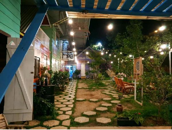Xóm homestay nhà gỗ ở Đà Lạt đơn giản ấm cúng