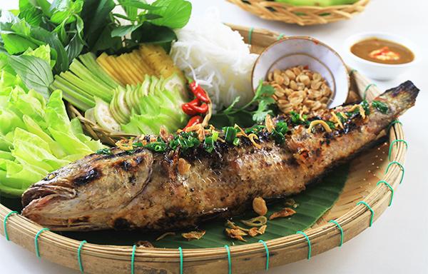 Cá lóc nướng trui đặc sản Cà Mau nổi tiếng