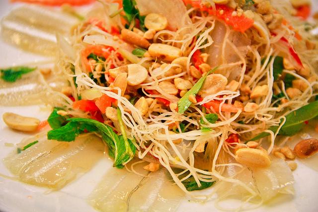 Gói cá má món ngon đặc sản Vũng Tàu