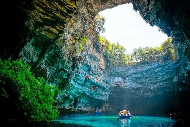 Quảng bình phát hiện 44 hang động tại Phong Nha Kẻ Bàng
