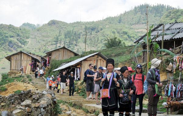 Du lịch mùa xuân ở sapa hòa mình vào không khí tết bản làng