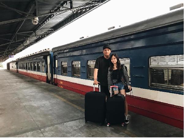 Hành lý du lịch bằng tàu hỏa gọn nhẹ