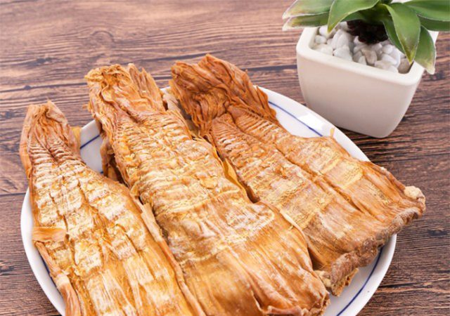 Măng vầu đặc sản sapa món ăn hấp dẫn dùng để làm quà