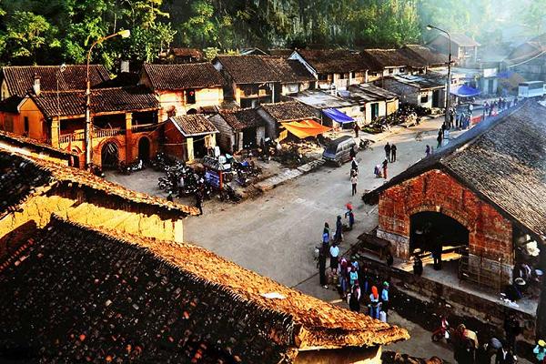 Phố cổ Đồng Văn Hà Giang điểm đến hấp dẫn du khách