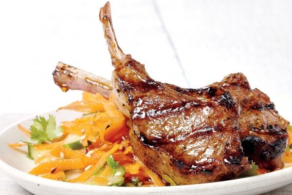 Sườn cừu nướng lọt vào Top 20 món ăn ngon và mới lạ của Việt Nam