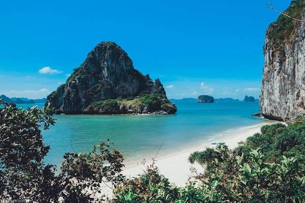 Du lịch Đảo mắt rồng Quảng Ninh điểm đến thu hút nhất 2018