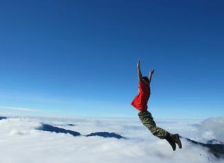 Săn mây Tà Xùa điểm đến thu hút nhất ở Miền Bắc