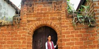 Phượt làng cổ đường lâm - điểm đến thu hút giới trẻ ngày hè