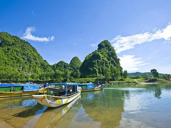 Du lịch bụi Quảng Bình vào thời gian nào?