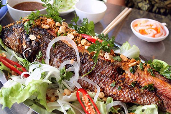Đặc sản Điện Biên - Cá nướng (Pa pỉnh tộp