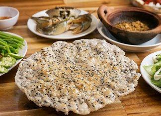 Bánh tráng nước dừa - Món ăn nức tiếng ở Tam Quan