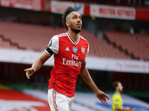 Arsenal giữ chân tiền đạo số 1