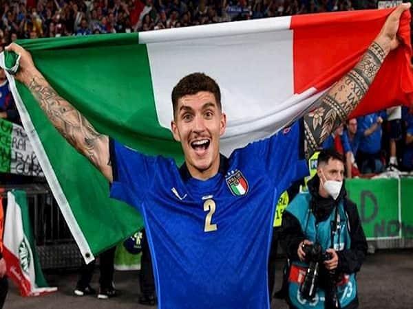 MU nhắm nhà vô địch Euro 2021